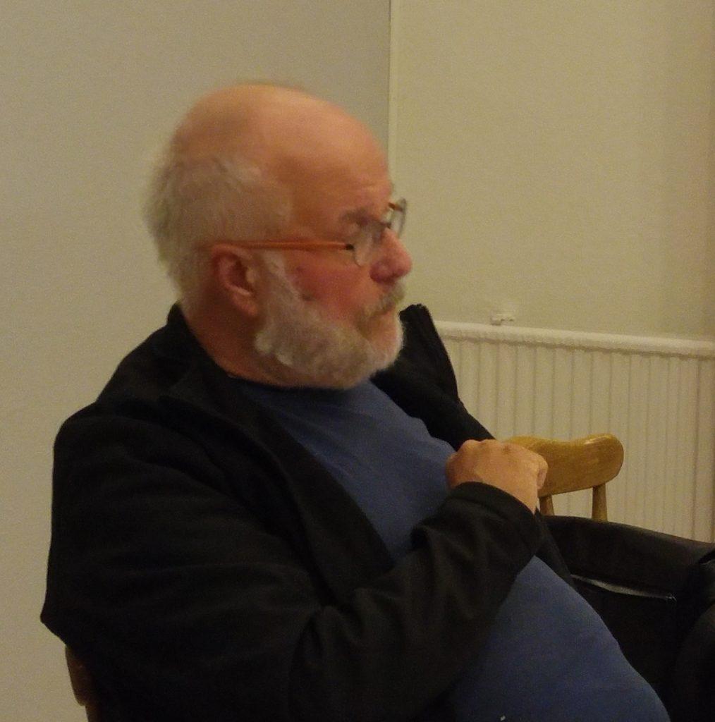 Joachim F. Gogoll, Experte für alternative Wirtschaftspolitik